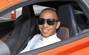 Lewis-Hamilton-2