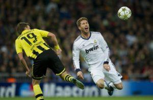 Sergio+Ramos+Kevin+Grosskreutz+Real+Madrid+hvI3J0XvZGFx