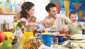lo_51_LFH_Breakfast_Family2