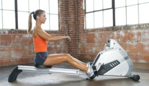 rowing_great-exercises-tone-your-arms