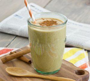 pumpkin_spice_breakfast_shake_in_glass